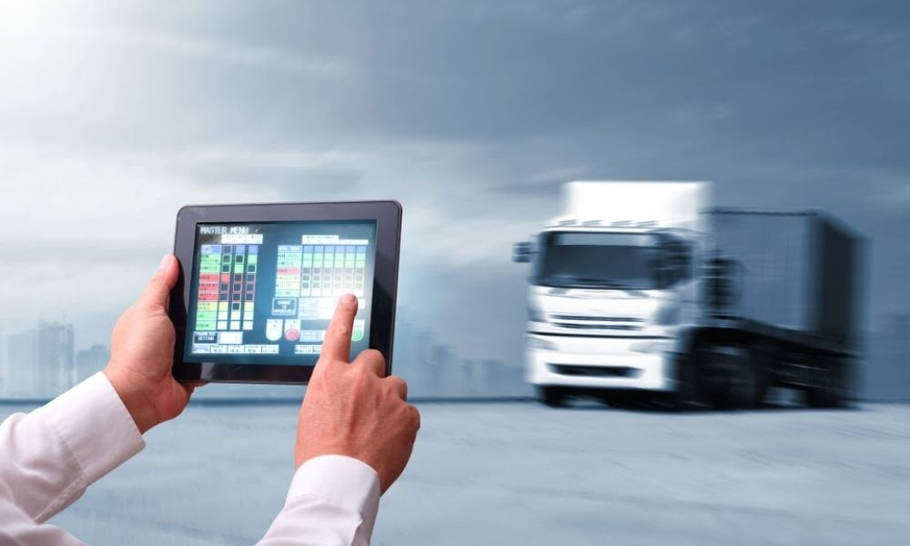 Transform your fleet management with data insights and innovative software